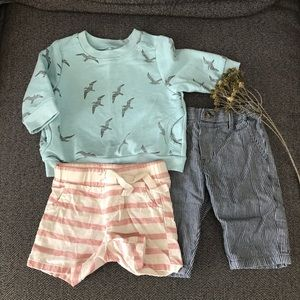 Old Navy Baby boy Sweater and Shorts 0-3 months